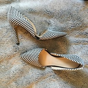 Banana Republic Black & White Woven Chevron Heels